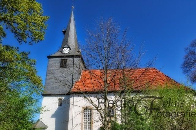 St Nicolai-Kirche in Sibesse | Die evangelisch-lutherische Kirche wurde zwischen 1734 und 1737 erbaut.