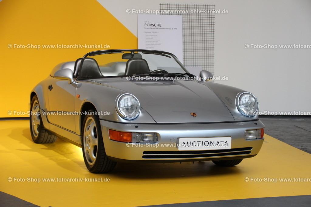 Porsche 911 (964) Carrera Speedster Prototyp, 1992   Porsche 911 (964) Carrera Speedster 2 Türen Prototyp, Farbe Silber, Baujahr 1992, BRD, Einzelstück, angeboten von auctionata auf der Motorworld Classics 2016 Berlin