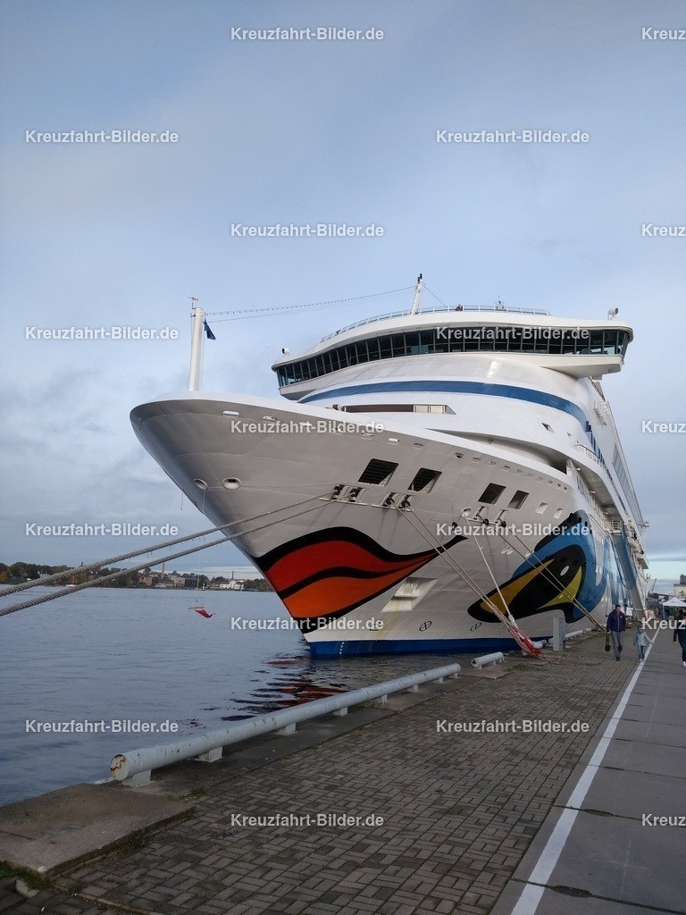 AIDAvita in Riga | AIDAvita liegt im Hafen von Riga
