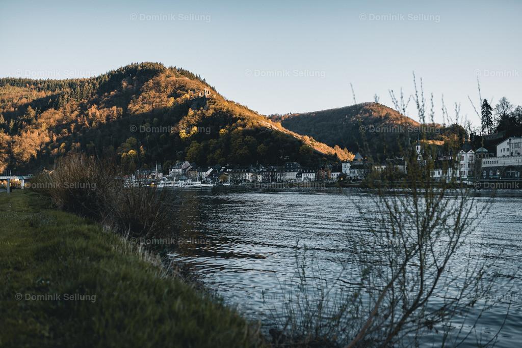 Tudeli | Blick auf Trarbach vom Ufer der Mosel