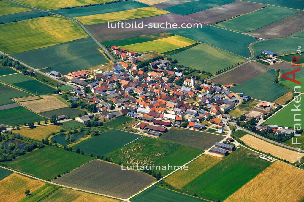 krautostheim-sugenheim-2015-4688 | Luftbild von Krautostheim Sugenheim - Luftaufnahme wurde 2015 von https://frankenair.de mittels Flugzeug (keine Drohne) erstellt - die Geschenkidee