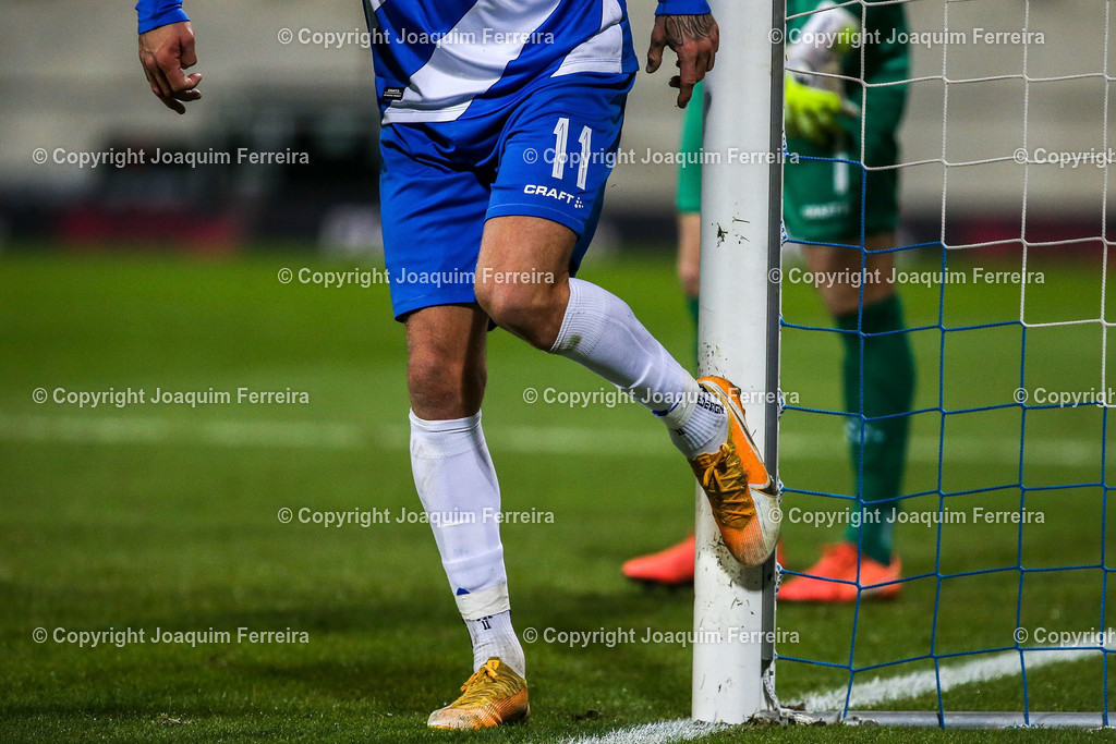 201127_svdvsbvt_0696 | 27.11.2020, xjfx, Fussball 2.BL SV Darmstadt 98 - Eintracht Braunschweig,  emspor, emonline, despor, v.l.,       (DFL/DFB REGULATIONS PROHIBIT ANY USE OF PHOTOGRAPHS as IMAGE SEQUENCES and/or QUASI-VIDEO)