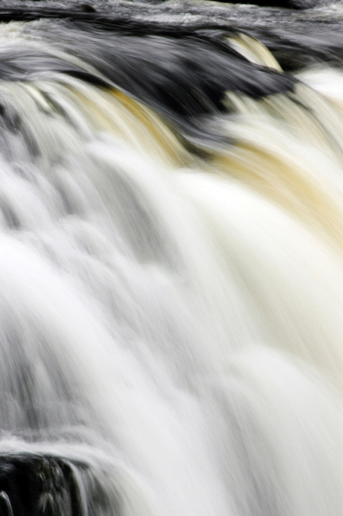 Wasser 05   Wasserfall Aasleagh Falls, Connemara, Irland
