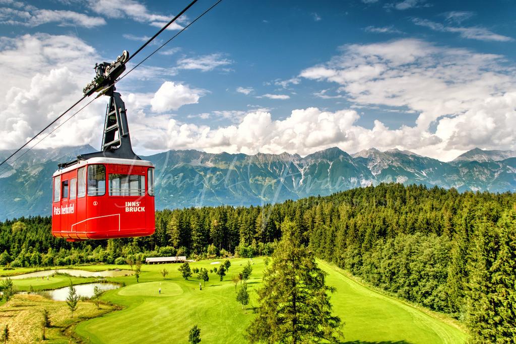Patscherkofelbahn | Die alte Patscherkofelbahn über dem Igler Golfplatz