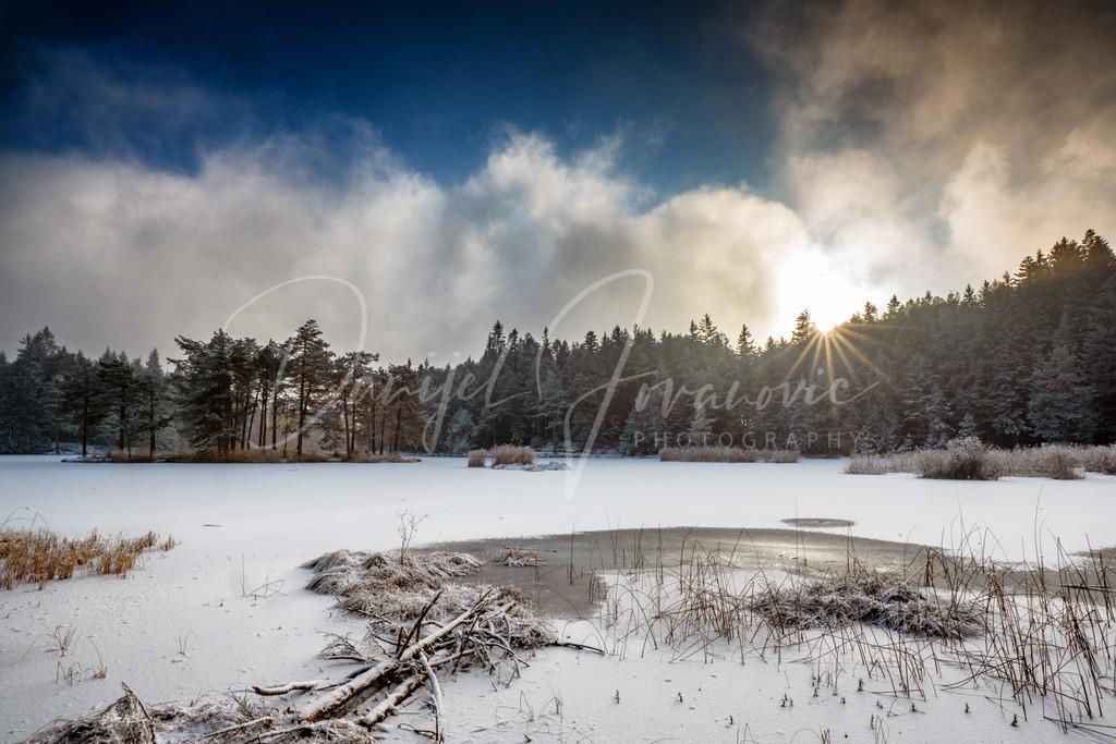 Möserer See | Der Nebel klart am Möserer See auf