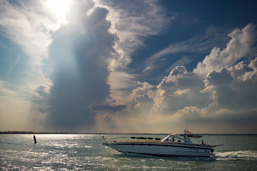 Aufziehendes Gewitter bei Venedig