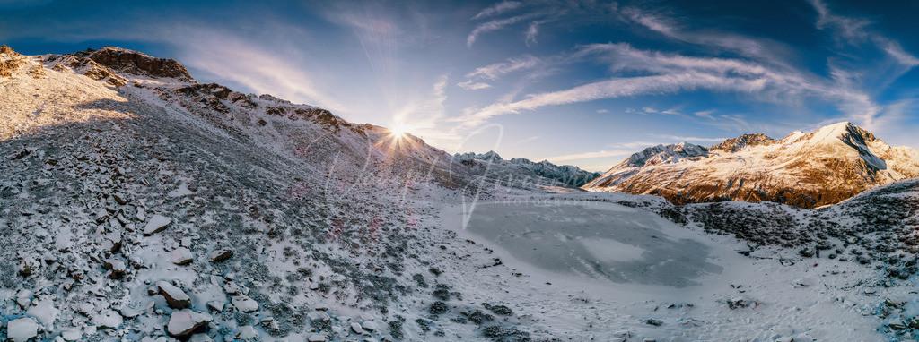 Kühtai | Sonnenuntergang am gefrorenen Hirschebensee