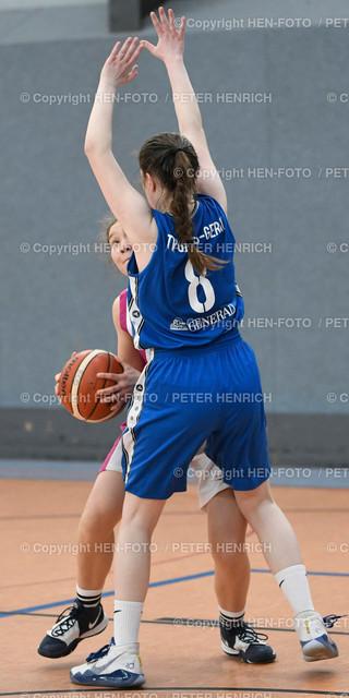 20200216 Basketball Oberliga wU18 Darmstadt - Groß-Gerau coyright HEN-FOTO | 20200216 Basketball Oberliga wU18 BG Darmstadt Roßdorf - TV Gross-Gerau li 13 Emi Söder (DA) re 8 Helena Engel (GG) - copyright + Foto: Peter Henrich (HEN-FOTO)