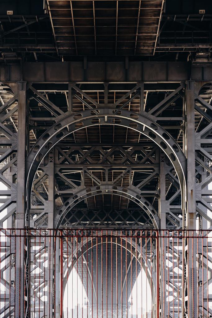 Under the bridge_HQ