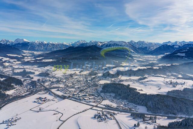 luftbild-siegsdorf-bruno-kapeller-03   Luftaufnahme von Siegsdorf im Winter 2019
