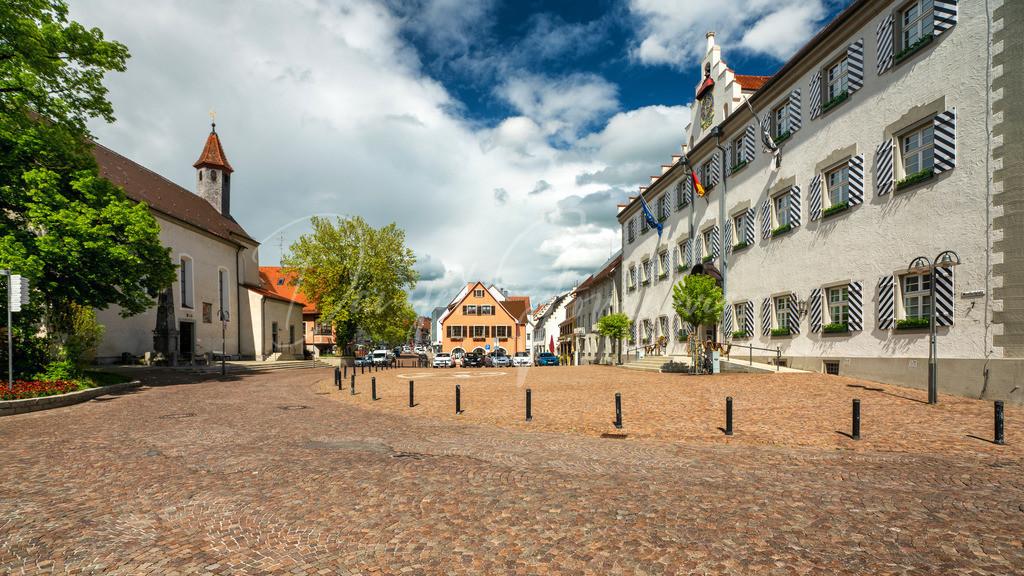 Tettnang | Der Platz vor dem Rathaus in Tettnang