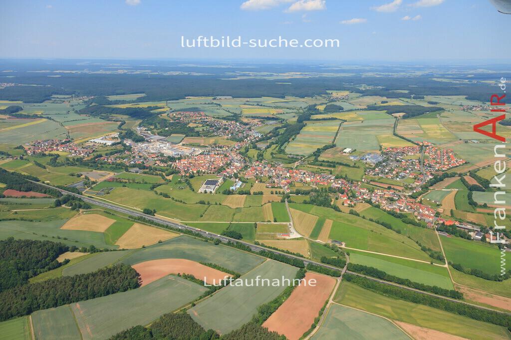 luftbild-schluesselfeld-2015-4718 | Luftbild von  Schluesselfeld - Luftaufnahme wurde 2015 von https://frankenair.de mittels Flugzeug (keine Drohne) erstellt - die Geschenkidee