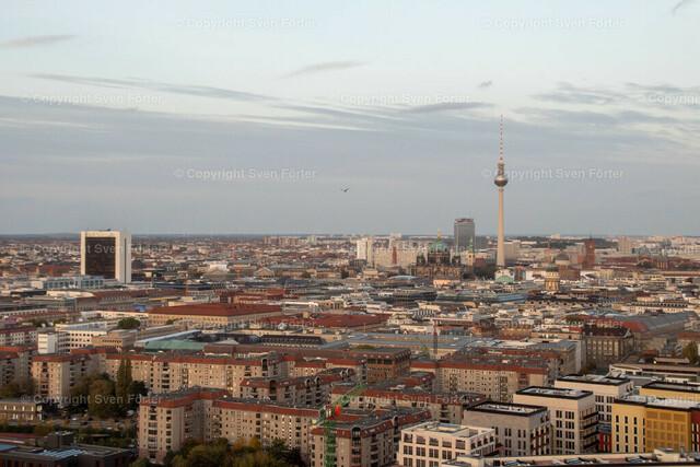 At night in Berlin | Berlin TV Tower from Potsdamer Platz