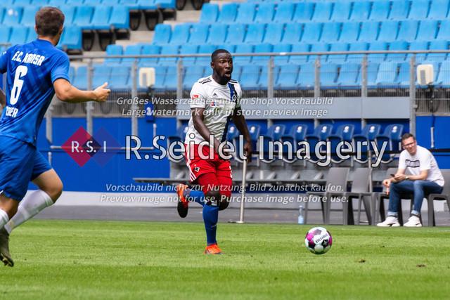 Fußball, Herren, Testspiel, Hamburger SV - FC Hansa Rostock, Volksparkstadion, 09.08.2020 | Stephan Ambrosius (#35 HSV)