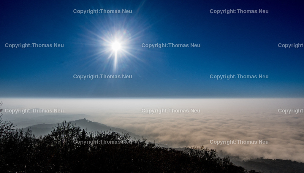 Nebel-6 | Bensheim,Melibokusturm, Blick in die Ebene, Nebel, Sonne, ,, Bild: Thomas Neu
