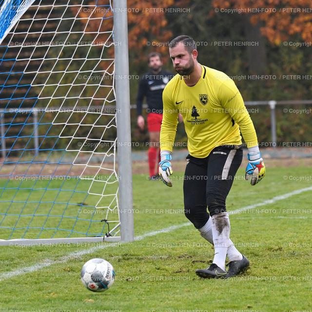 20191110 Fussball Männer KOL Darmstadt SKG Rossdorf - SV Hahn (3:5) copyright by HEN-FOTO | 20191110 Fussball Männer KOL Darmstadt SKG Rossdorf - SV Hahn (3:5) 5 Gegentreffer TW 1 Tobias Rückert (R) copyright by HEN-FOTO - Foto: Peter Henrich