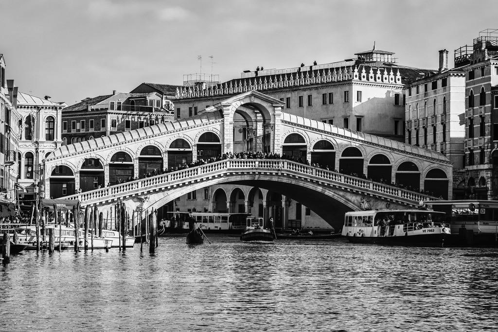 Venice-bnw-10