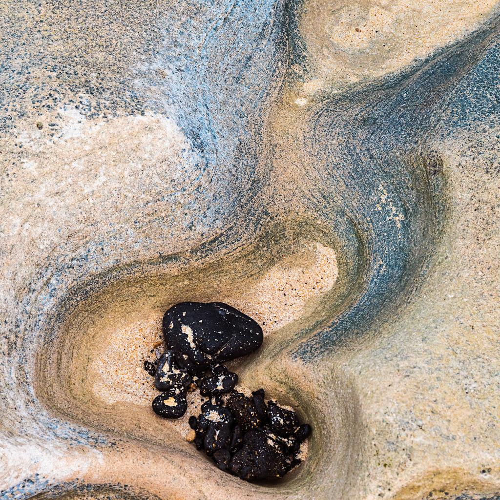 Best. Nr. Strandspaziergang06   Ausgespülte Felsen, Grandes Playas de Corralejo, Fuerteventura