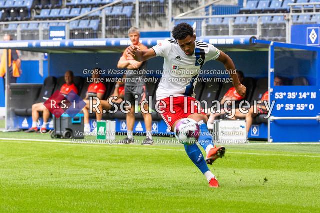 Fußball, Herren, Testspiel, Hamburger SV - FC Hansa Rostock, Volksparkstadion, 09.08.2020 | Xavier Amaechi (#17 HSV)