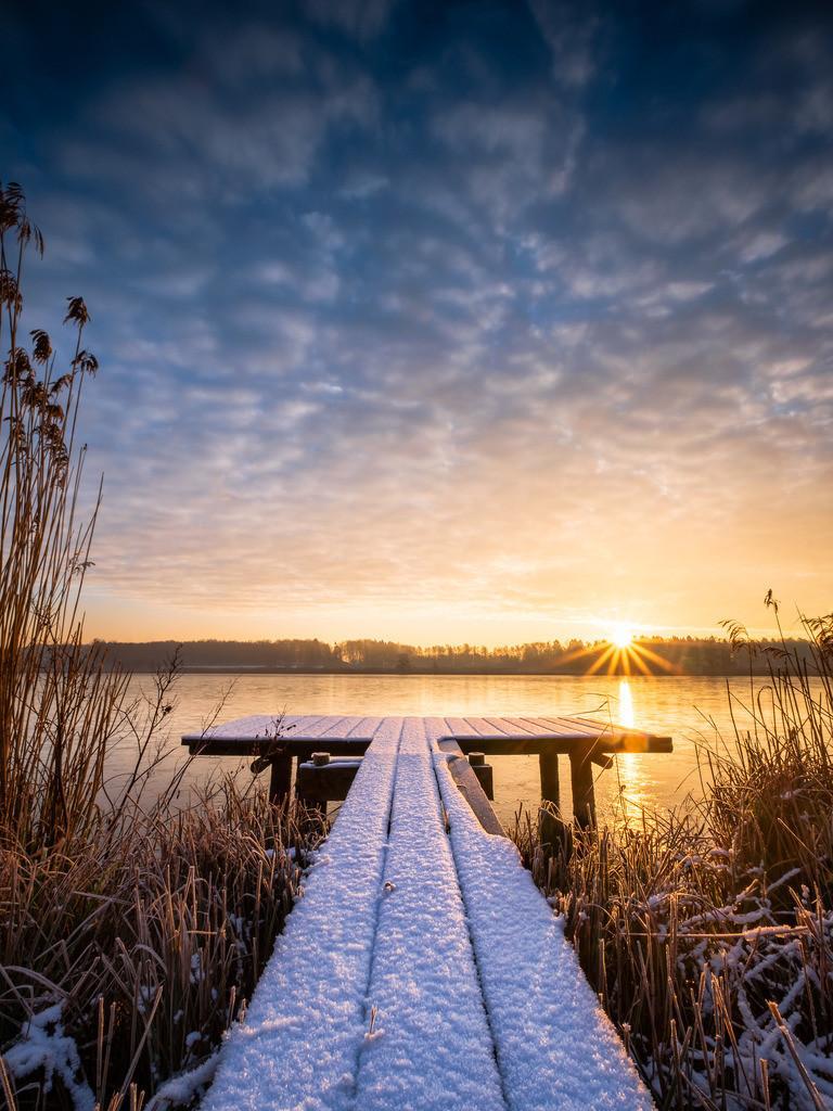 Winter Glory II | Grandioser Sonnenaufgang über dem winterlichen Bossee.