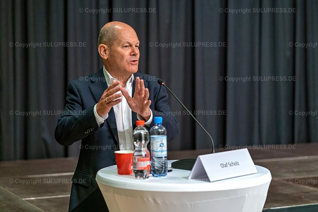 SPD Kandidaten WK61_2020_09_22-04933 | 22.09.2020, Teltow, Brandenburg, Bundesfinanzminister und SPD Kanzlerkandidat bei einer Rede im Ernst-von-Stubenrauch-Saal im Teltower