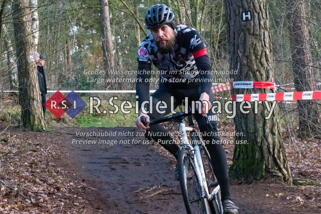 Radsport, Stevens Cyclocross Cup 2019, 10. Lauf (RSG Nordheide), Rennen 9 (Elite Herren + U23, Masters 2 / Elite Ü40 und Junioren U19), Buchholz i.d.N., 19.01.2020 | Philipp Köhler (FC St. Pauli, #37, Elite)