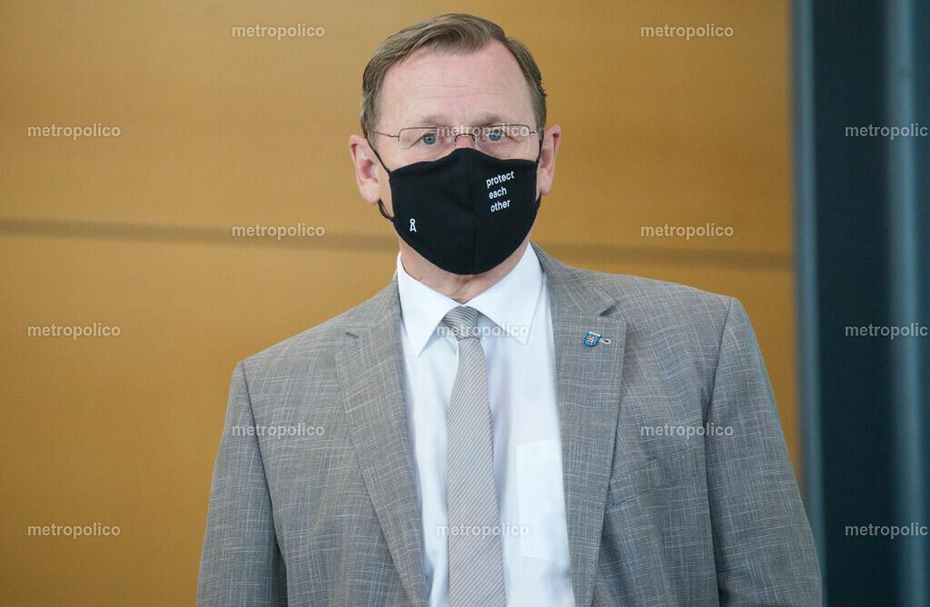 Bodo Ramelow protect each other am 17. Juli 2020 im Thüringer Landtag (4)