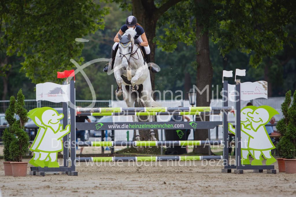 200821_Delbrück_Youngster-M-626 | Delbrück Masters 2020 Springprüfung Kl. M* Youngster Springen 6-8jährige Pferde