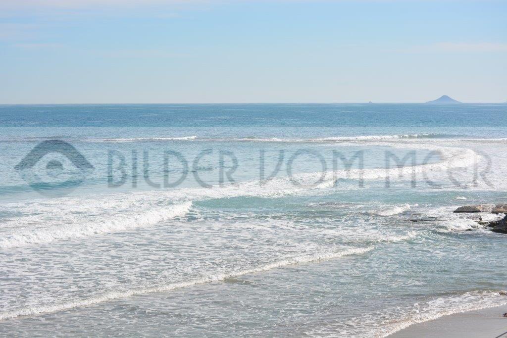 Bilder vom Meer | DieWellen rollen auf den Strand