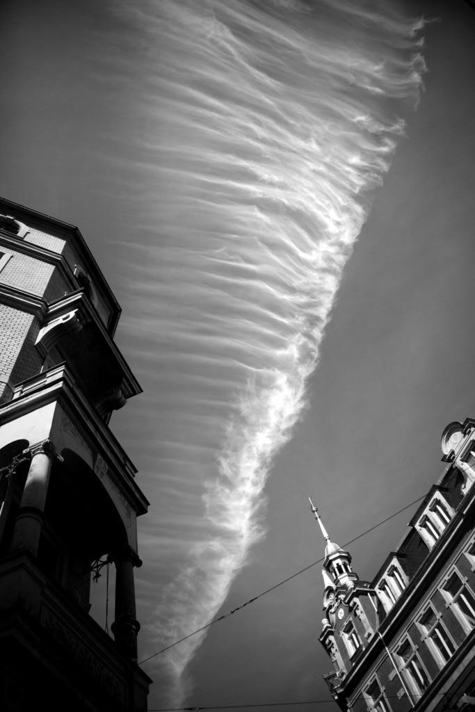 Dresden. Himmel in der Neustadt   Aus der Serie