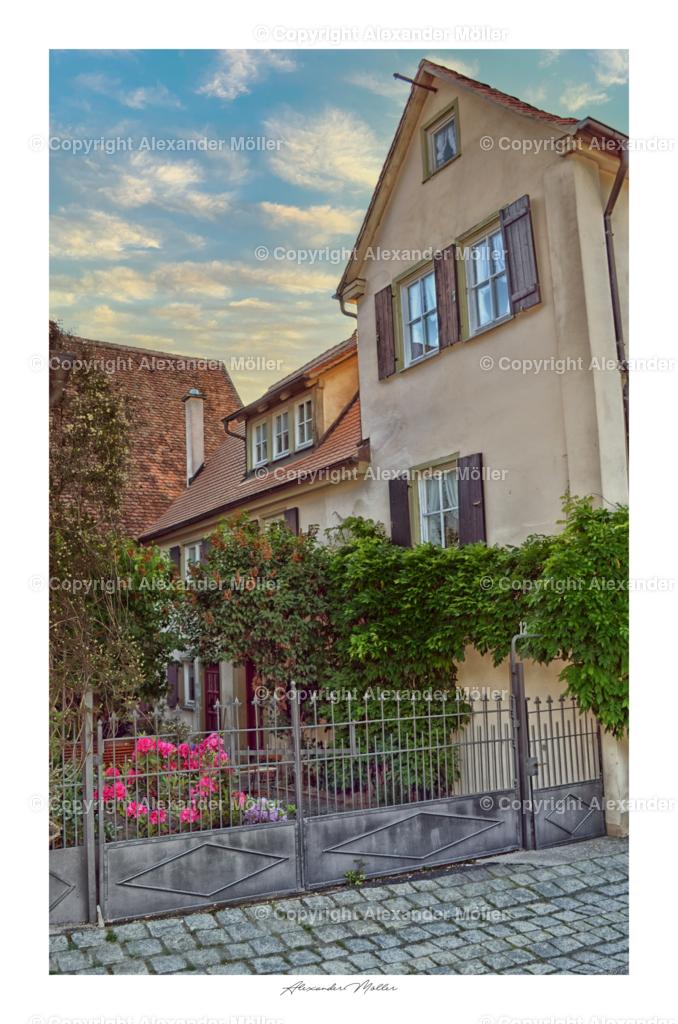 Rothenburg ob der Tauber No.53 | Dieses Werk zeigt ein romantisches Wohnhaus am Schrannenplatz.