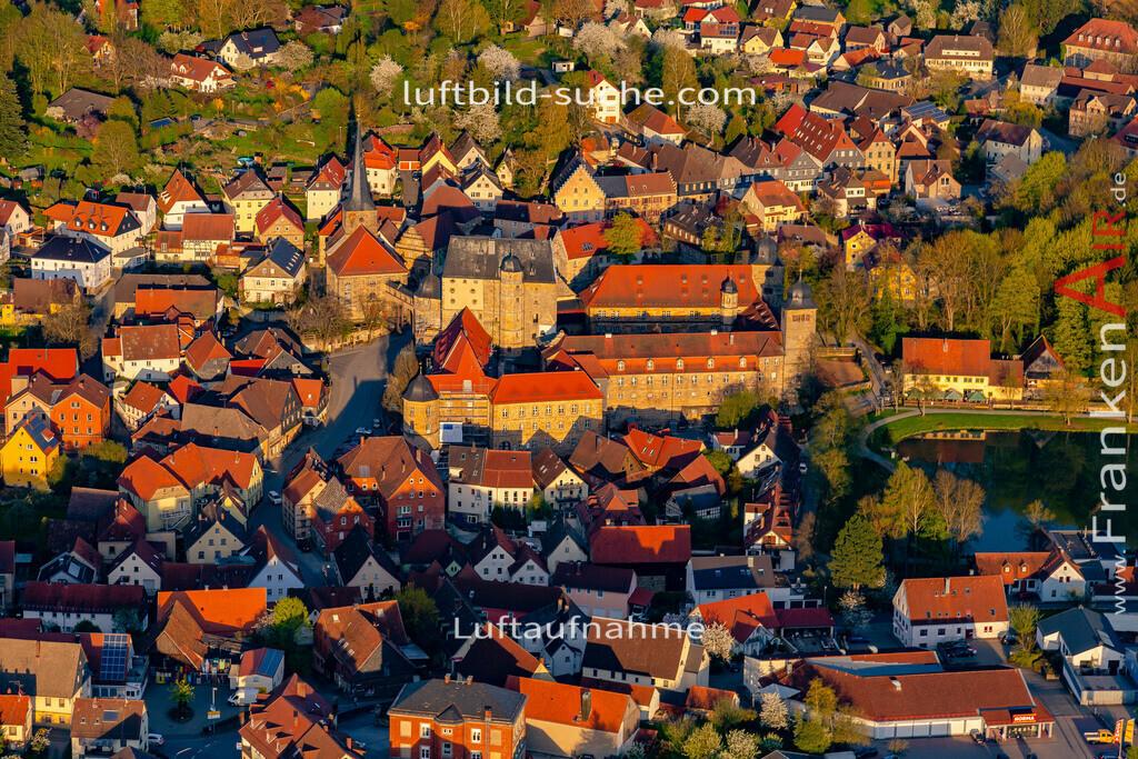 schloss-thurnau-18-207 | aktuelles Luftbild von Schloss Thurnau - Luftaufnahme wurde 2018 von https://frankenair.de mittels Flugzeug (keine Drohne) erstellt.