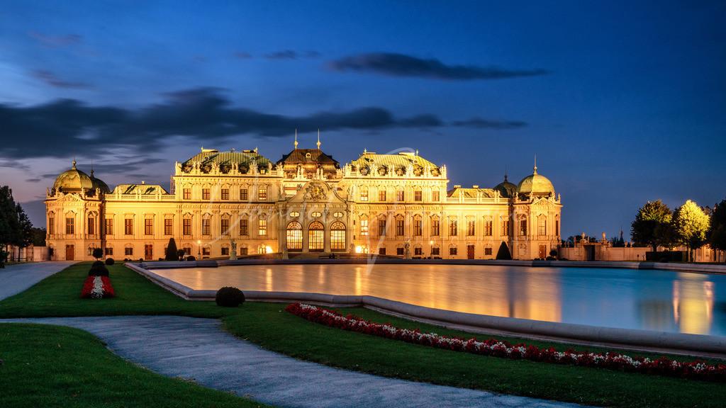 Schloss Belvedere   Das Schloss Belvedere im Abendlicht