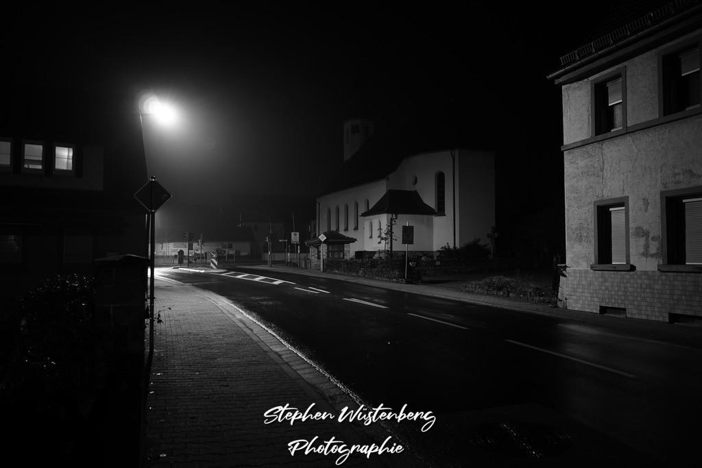 DSC00863   Lohnsfeld at Night