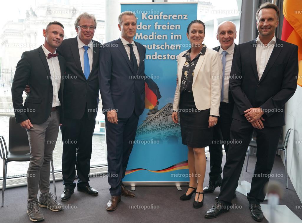Konferenz der freien Medien im Bundestag von links nach rechts David Berger Udo Hemmelgarn Petr Bystron Nicole Höchst Uwe Schulz Ralf Höcker (2)