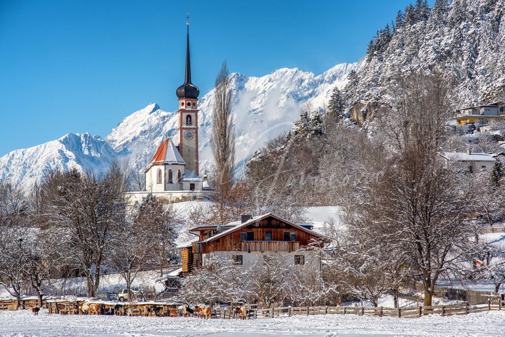 Leiblfing | Die wunderschöne Kirche von Leiblfing im Winterkleid