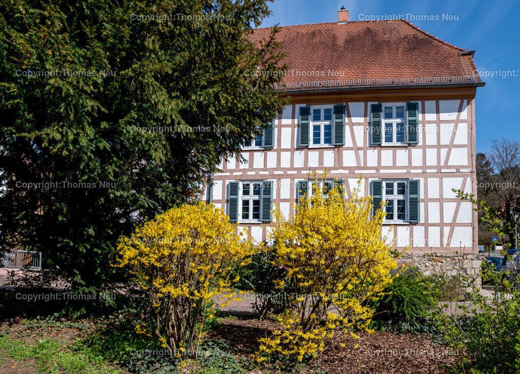 DSC_2670   bhe,bre,Geppenheim, Landratsamt, altes Gebäude am Graben, ,, Bild: Thomas Neu