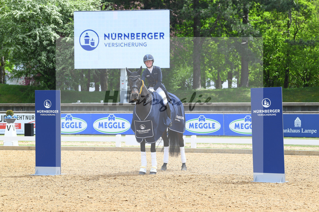 Langehanenberg_Straight Horse Ascenzione_10214313