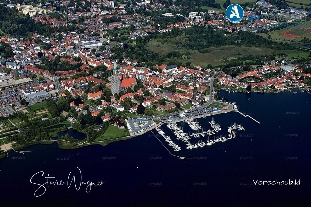 Luftbild Schleswig, St.Petri-Dom, Am Hafen, Ostseefjord, Schlei | Luftbild Schleswig, St.Petri-Dom, Am Hafen, Ostseefjord, Schlei • max. 6240 x 4160 pix