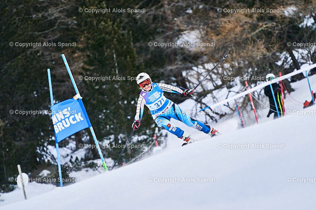 ALS5496_WWMG_GS-II_C | (C) FotoLois.com, Alois Spandl, WinterWorldMastersGames 2020 Innsbruck, Giant Slalom-II Gruppe C Damen, Patscherkofel Olympiaabfahrt, Mi 15. Jänner 2020.