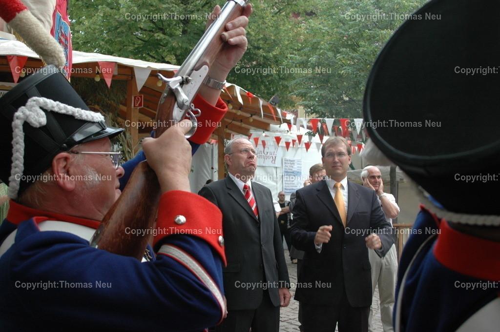 Winzerfest 2005_Minister Dietzel_Bürgerwehr_Thorsten Herrmann_55