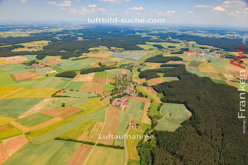 kleinweisach-vestenbergsgreuth-2015-4715 | Luftbild von Kleinweisach Vestenbergsgreuth - Luftaufnahme wurde 2015 von https://frankenair.de mittels Flugzeug (keine Drohne) erstellt - die Geschenkidee