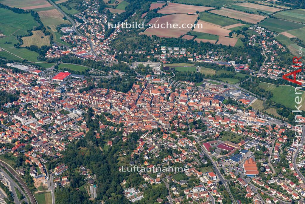 neustadt-aisch-19-310 | aktuelles Luftbild von  Neustadt-aisch - Luftaufnahme wurde 2019 von https://frankenair.de mittels Flugzeug (keine Drohne) erstellt.