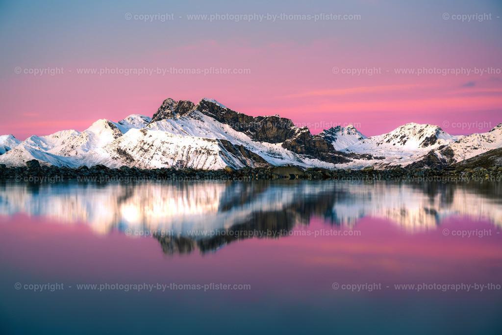 Lämmerbichl Bergspiegelung Kalkwand