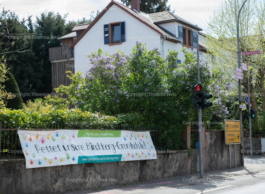 DSC_7884   Bensheim, Kirchbergschule, Protestbanner in der Nähe der Schule angebracht,,, Bild: Thomas Neu