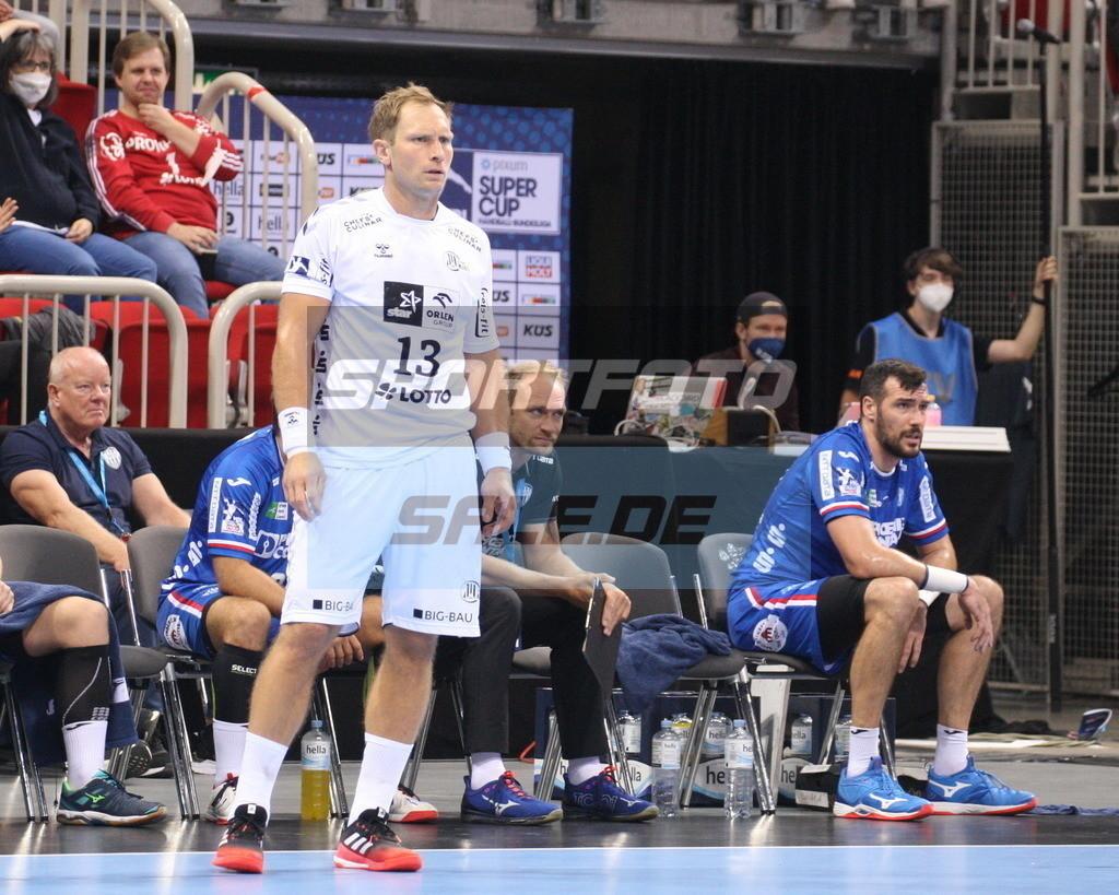 Handball Supercup   Steffen Weinhold #13 - © by K-Media-Sports / Sportfoto-Sale.de