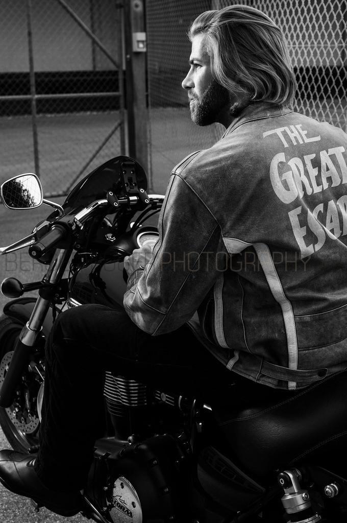 The Great Escape | Motorrad Fotoshooting mit Model Dani