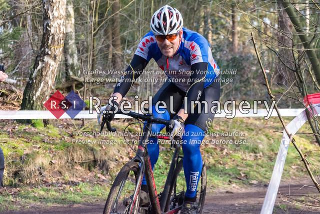 Radsport, Stevens Cyclocross Cup 2019, 10. Lauf (RSG Nordheide), Rennen 9 (Elite Herren + U23, Masters 2 / Elite Ü40 und Junioren U19), Buchholz i.d.N., 19.01.2020 | Steffen Richter (SG Athletico Büdelsdorf, #148, Masters 2)