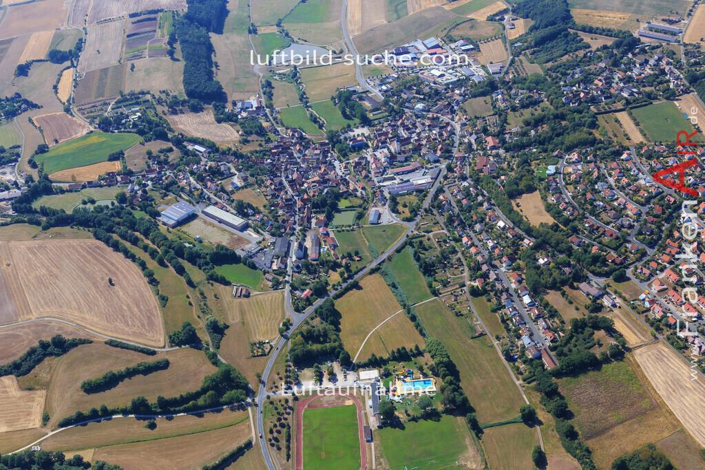 niederndorf-burghaslach-2015-4989 | Luftbild von Niederndorf Burghaslach - Luftaufnahme wurde 2015 von https://frankenair.de mittels Flugzeug (keine Drohne) erstellt - die Geschenkidee