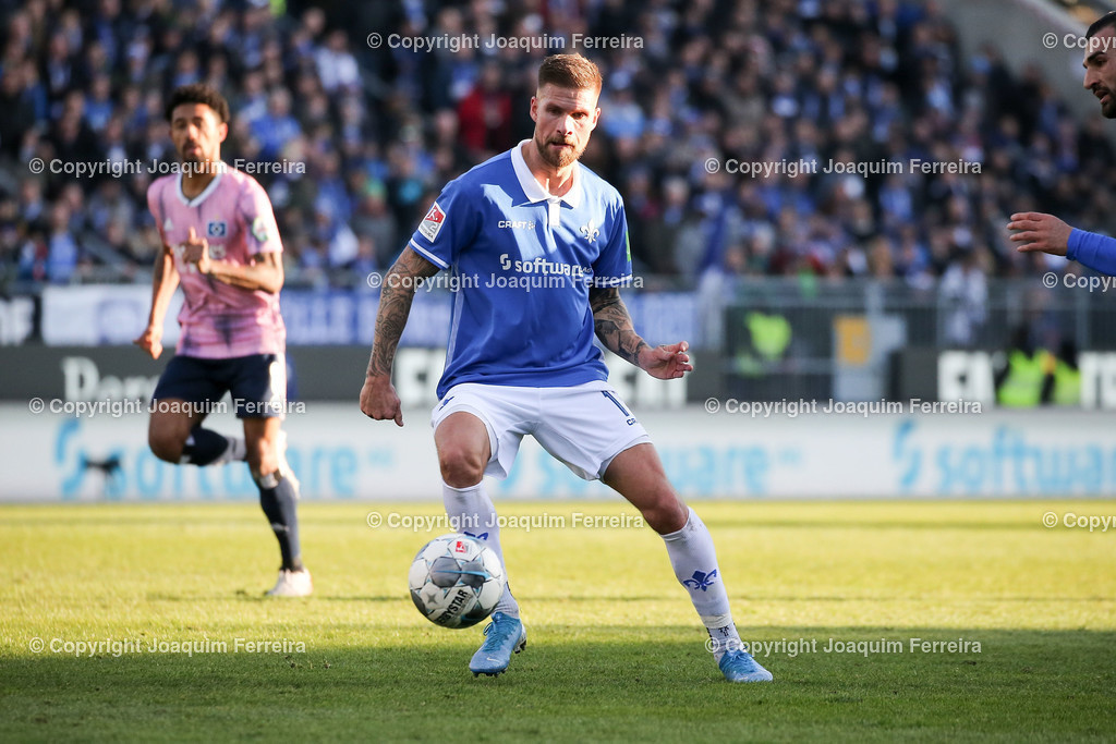 191221svdvshsv_1293 | 21.12.2019 Fussball 2.Bundesliga, SV Darmstadt 98-Hamburger SV emspor, despor  v.l.,  Tobias Kempe (SV Darmstadt 98)    (DFL/DFB REGULATIONS PROHIBIT ANY USE OF PHOTOGRAPHS as IMAGE SEQUENCES and/or QUASI-VIDEO)
